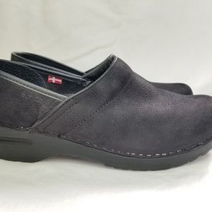 Sanita Danish Women Black Clogs Size 39
